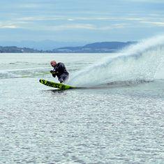 MESLE Monoski Freecarve, sporty Slalom Ski for Boats and Cable Parks