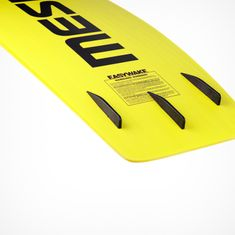 MESLE Wakeboard Easy Wake II Running Survace in yellow with Fins